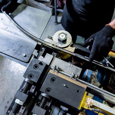 Biegen von Rohren und CNC-Profilen